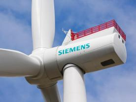 Full-scope-project EnBW Albatros: Siemens Gamesa supplies 16 direct-drive SWT-7.0-154 wind turbines on monopile foundations and the grid connection via a Siemens Offshore Transformer Module. (Photo: Siemens Gamesa)