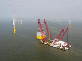 wpd completed installation of the transformer platform for the nearshore-project Nordergründe. (Photo: wpd)